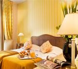 Romantic, 4 days - 3 nights Hotel**** Champs Elysées